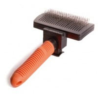 SELF-CLEANSING CARDER